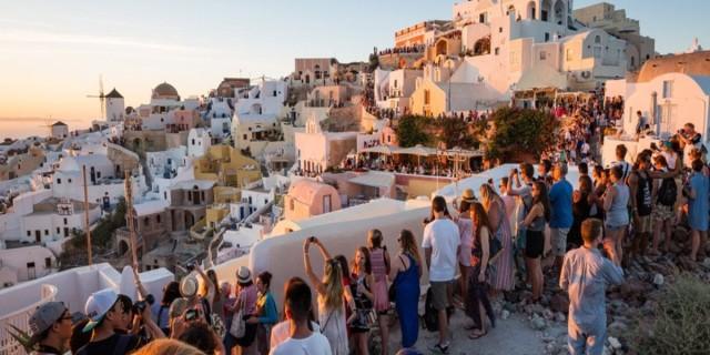 Αντίδραση από Ιταλία και Βρετανία - Θέλουν να στείλουν τουρίστες στην Ελλάδα