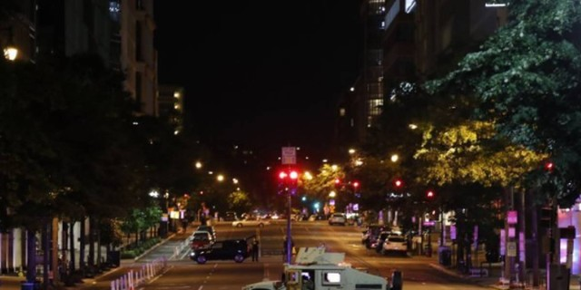 Κόλαση στις ΗΠΑ: Ο Τραμπ βγάζει τον στρατό στους δρόμους