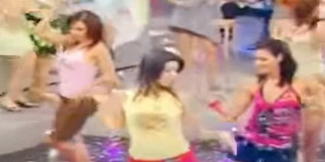 Τσιφτετέλι κόλαση: Γυναίκες χορεύουν σε πλατό εκπομπής και