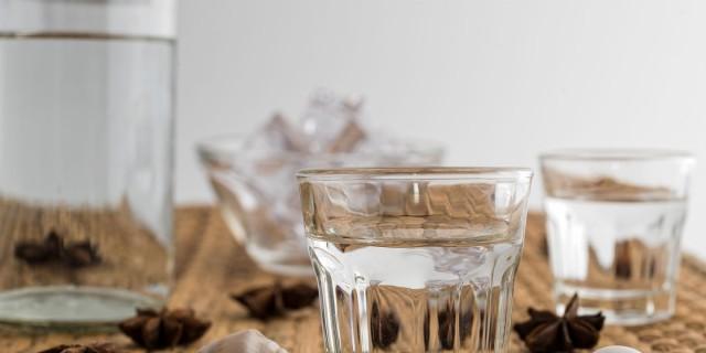 Καισαριανή: 5 υπέροχα μεζεδοπωλεία που θα λατρέψεις