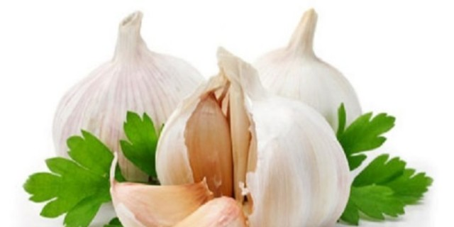 Το σκόρδο του Θεού τα βάζει με τον καρκίνο - Η ωμή θαυματουργή τροφή