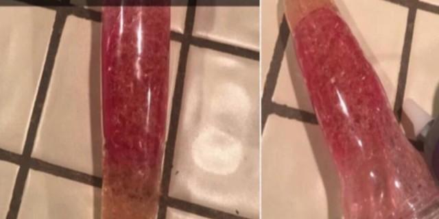 Μητέρα βρήκε αυτό στο πλυντήριο πιάτων και φώναξε την κόρη της - Ντροπιασμένη της είπε ότι...