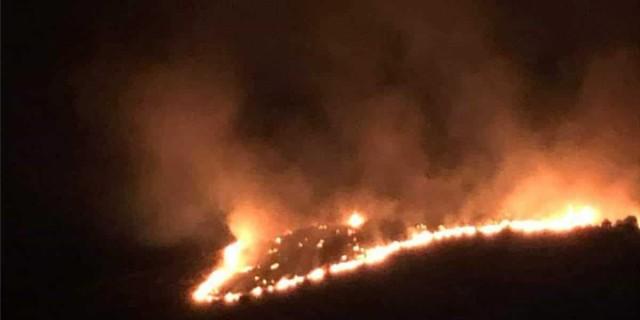 Φωτιά στο Πέραμα: Δεν υπάρχει ενεργό μέτωπο