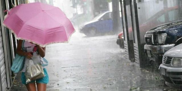 Καιρός: Πτώση θερμοκρασίας με βροχές και καταιγίδες - Πού θα «χτυπήσουν» τα έντονα φαινόμενα