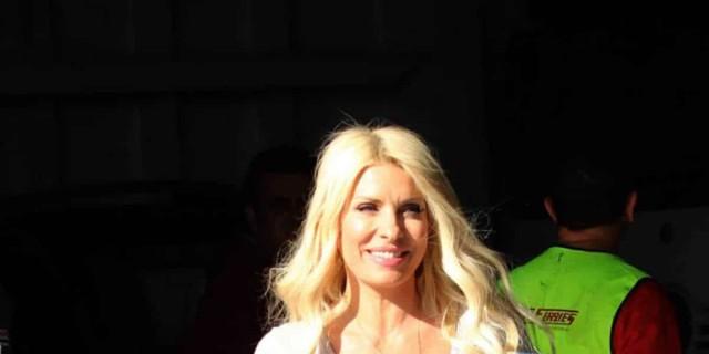 Επέστρεψε στην Αθήνα η Ελένη Μενεγάκη - Τι συμβαίνει;