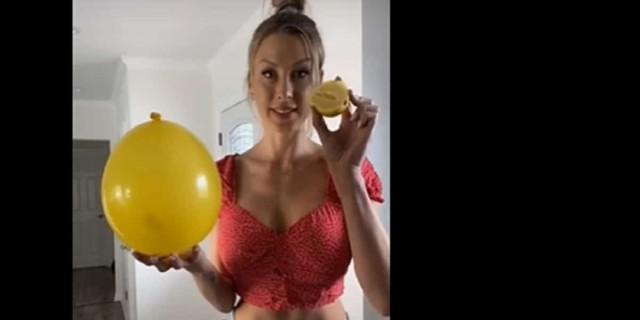 Βάζει λεμόνι πάνω σε ένα μπαλόνι - Μόλις δείτε γιατί θα το κάνετε και εσείς (Video)