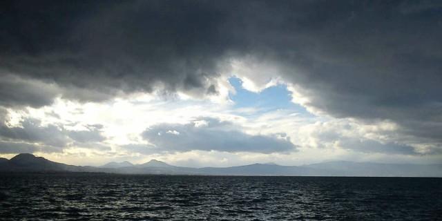 Άστατος ο καιρός σήμερα - Βροχές και άνεμοι στο Ιόνιο