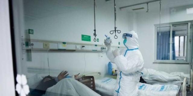 Κορωνοϊός: Συναγερμός με τον αριθμό των διασωληνωμένων - Το «καμπανάκι» του Τσιόδρα