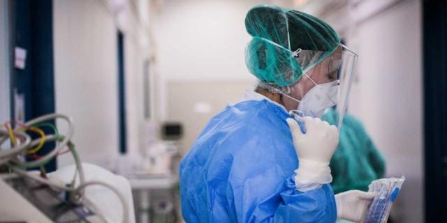 Κορωνοϊός: Συναγερμός στην Κατερίνη με θετική γιατρό