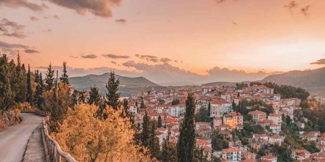 Σε lockdown από σήμερα η Καστοριά - Έλεγχοι στις εισόδους και τις εξόδους της πόλης