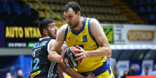 Basket League: Νίκη του Περιστερίου με κορυφαίο Μαυροκεφαλίδη