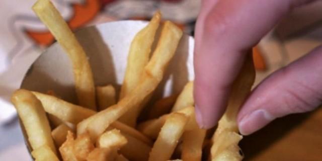 Συναγερμός ΕΦΕΤ για τηγανιτές πατάτες: Τι περιέχουν που σχετίζεται με καρκίνο