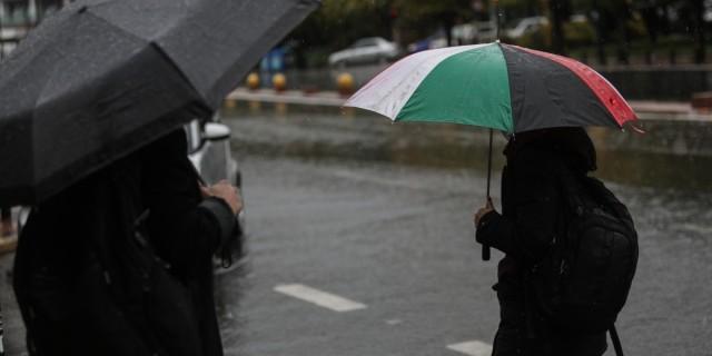 Καιρός σήμερα: Κακοκαιρία με βροχές και καταιγίδες - Πού θα χιονίσει;