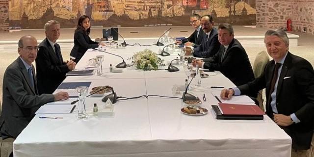 Ολοκληρώθηκαν οι διερευνητικές επαφές στην Κωνσταντινούπολη - Στην Αθήνα ο επόμενος γύρος