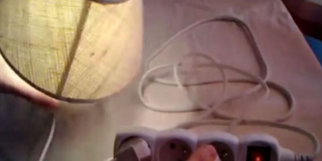 Απίστευτη πατέντα: Με μια μπαλαντέζα και έναν αναπτήρα αλλάζεις τα φώτα στην ΔΕΗ!