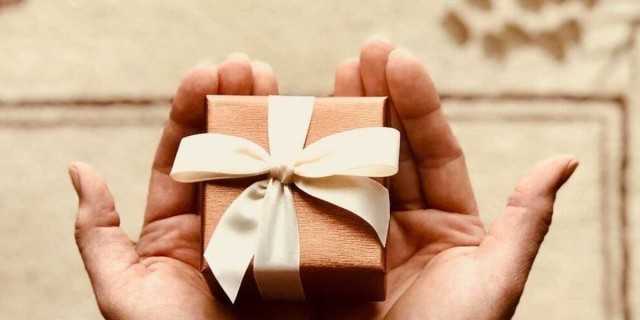 Ποιοι γιορτάζουν σήμερα, Πέμπτη 28 Ιανουαρίου, σύμφωνα με το εορτολόγιο;