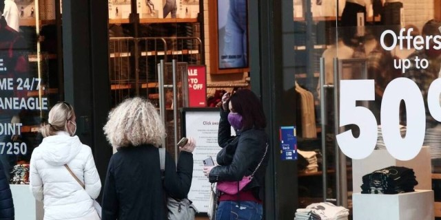 Κορωνοϊος-Άρση lockdown: Ανοίγουν τα καταστήματα - Πώς θα λειτουργούν; Όλοι οι κανόνες και τα μέτρα προστασίας