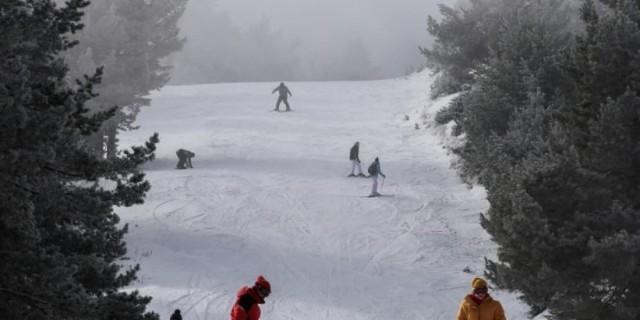 Μετακίνηση εκτός νομού: Πώς θα γίνεται η μετάβαση στα χιονοδρομικά - Το απαραίτητο έγγραφο (Video)