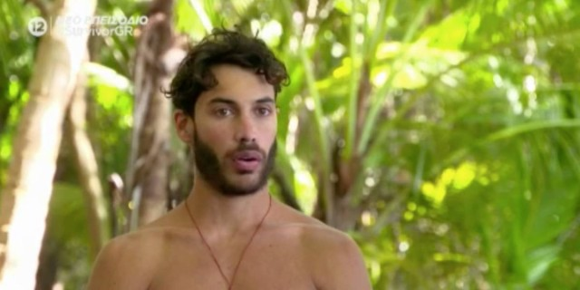 Survivor 4: «Καταρρέει» η κόκκινη ομάδα - Δεν αντέχουν άλλο και λιμοκτονούν στην παραλία τους
