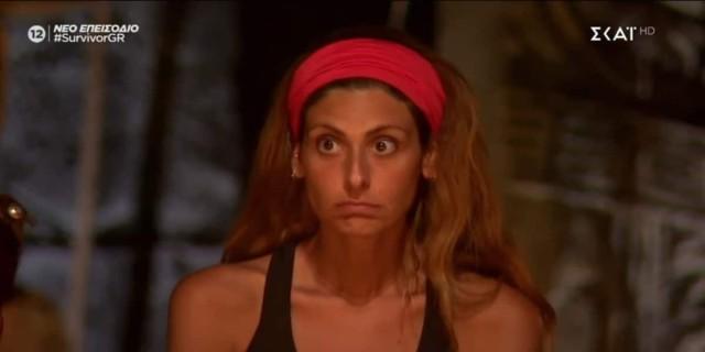 Survivor 4: «Επιτέλους ξεκουμπίστηκε» - Το Twitter πανηγυρίζει την αποχώρηση της Ανθής Σαλαγκούδη
