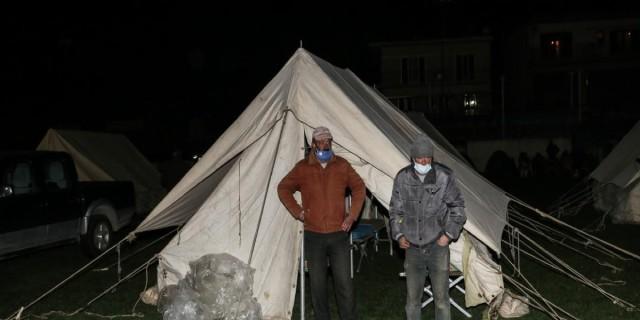 Σεισμός στην Ελασσόνα: Δύσκολο βράδυ για τους κατοίκους - Σε τι κατάσταση βρίσκονται οι γύρω περιοχές