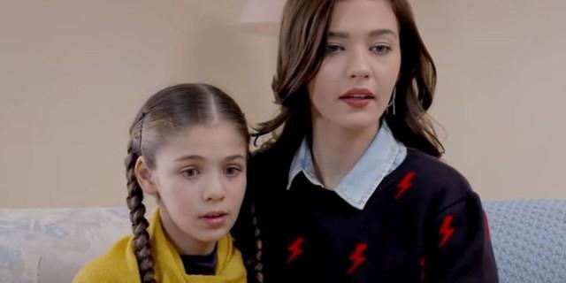 Elif: Η μικρή είναι θλιμμένη και η Σουρεϊγιά καταλαβαίνει πως κάτι την απασχολεί