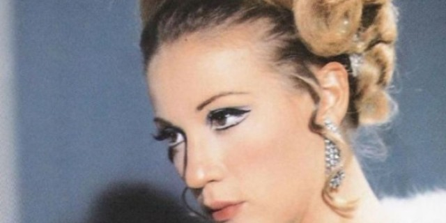 Ζωή Λάσκαρη: Το σκοτεινό μυστικό για το παρελθόν της αποκαλύφθηκε!