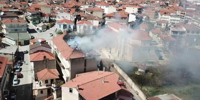 Φωτιά σε κτίριο στο Άργος Ορεστικό