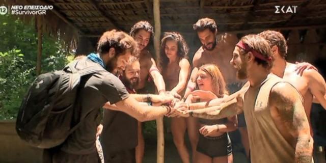 Survivor: Ο Νίκος επέστρεψε στην παραλία και αποχαιρέτησε συμπαίκτες και αντιπάλους!