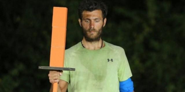 Survivor: Το Twitter αποχαιρετά τον Νίκο - «Αξιοπρέπεια, ήθος και τιμιότητα! Νίκο γυρνάς νικητής»