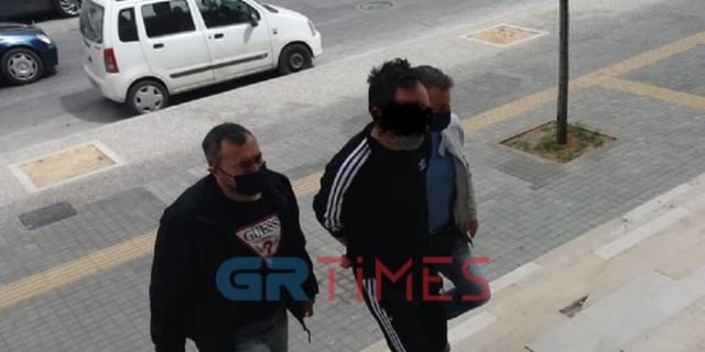 Προφυλακίστηκε ο 47χρονος που κατηγορείται ότι βίαζε την ανήλικη θετή του κόρη στην Θεσσαλονίκη
