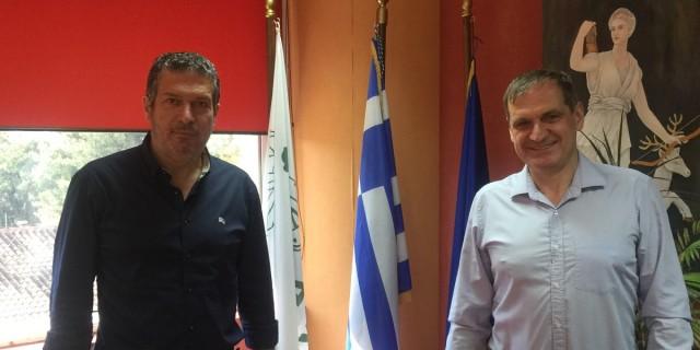 Συνάντηση του Προέδρου της Κοινωφελούς Επιχείρησης του Δήμου Αμαρουσίου (ΚΕΔΑ) Νίκου Πέππα με τον Αντιδήμαρχο Πολιτισμού του Δήμου Ιλίου Γιώργο Φραγκάκη