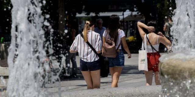 Καιρός σήμερα (04/08): Καύσωνας σε όλη τη χώρα – Μέχρι 44 βαθμούς η θερμοκρασία