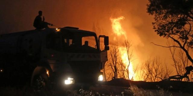 Μάχη με τις φλόγες σε διπλό μέτωπο και στη Μεσσηνία: Συναγερμός δίπλα στο αεροδρόμιο!
