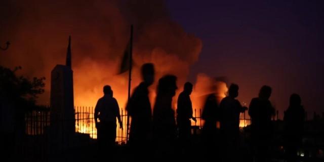 Δραματική η κατάσταση και στην Εύβοια: Ώρες αγωνίας για την Αγία Άννα - Εκκλήσεις στους κατοίκους να φύγουν!