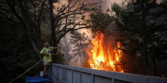 Φωτιά Βαρυμπόμπη - ΕΥΔΑΠ: Ποιες περιοχές έχουν πρόβλημα με το νερό