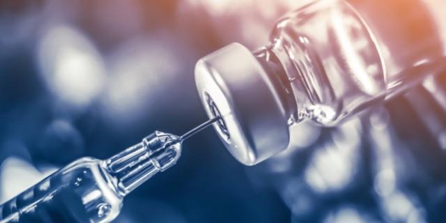 Κορωνοϊός: Άμεσα η τρίτη δόση του εμβολίου και η υποχρεωτικότητα σε περισσότερους - Ανεβαίνει το ποσοστό στους μαθητές