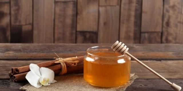 Θαυματουργό! Βάλε κανέλα σε 1 ποτήρι μαζί με λεμόνι και μέλι - Θα σε θεραπεύσει από...