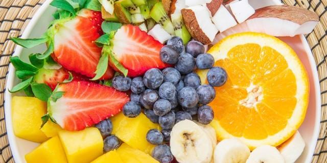 Αυτά είναι τα φρούτα που είναι χαμηλά σε θερμίδες και μπορείτε να τρώτε άφοβα