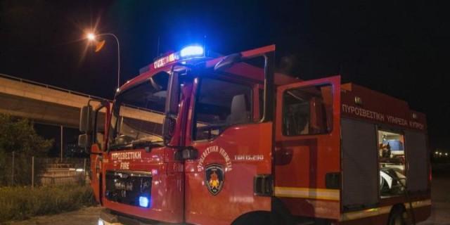 Φωτιά σε διαμέρισμα στο Περιστέρι