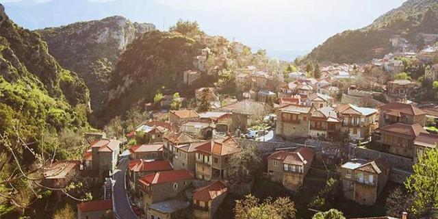 Πελοπόννησος: 2+1 άγνωστα στους περισσότερους αλλά πανέμορφα χωριά της!