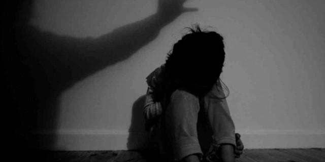 Κακοποίηση 8χρονης στη Ρόδο: «Το παιδί έκλαιγε συνεχώς, φοβόταν και έβριζε χωρίς λόγο» λέει η μητέρα