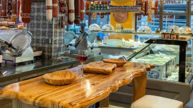Κελεσενλής: Το παντοπωλείο με εκλεκτά Σερραϊκά προϊόντα!