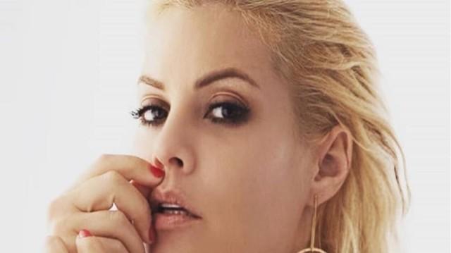 Μαρία Κορινθίου: Η νέα αποκαλυπτική φωτογραφία της ηθοποιού και το... αιχμηρό μήνυμα!