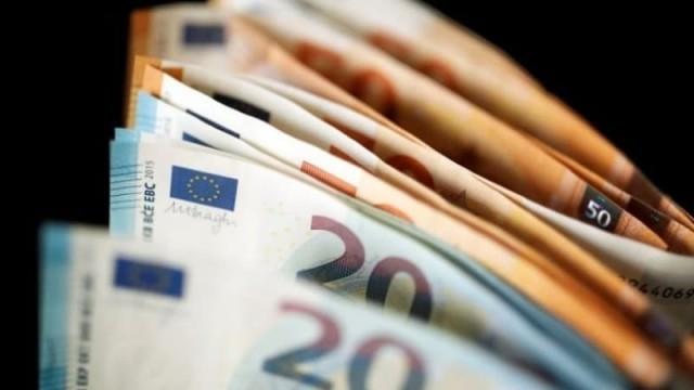 ΟΑΕΔ: Δείτε ποιοί δικαιούνται επίδομα 720 ευρώ!