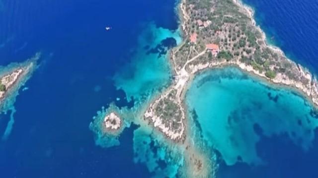 Τα δυο άγνωστα νησιά της Χαλκιδικής που έγιναν viral! (Video)