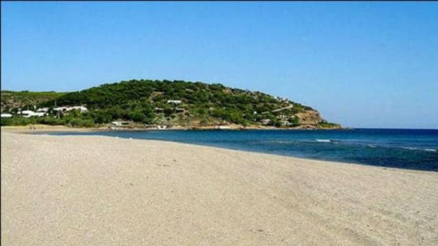 Παραλίες Αττικής: Σε αυτές δεν πρέπει να κολυμπήσετε!