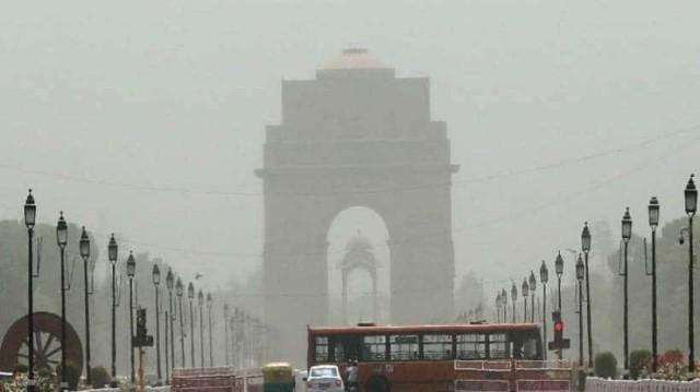 Ινδία: Ο καύσωνας άφησε πίσω του 50 νεκρούς! (Video)