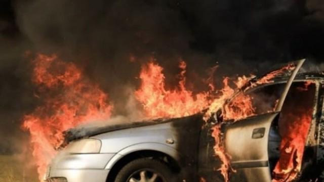 Φωτιά σε αυτοκίνητο στη Θεσσαλονίκη!