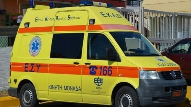 Σοβαρό τροχαίο στην Κρήτη: Εγκλωβισμένος τραυματίας! (photo)